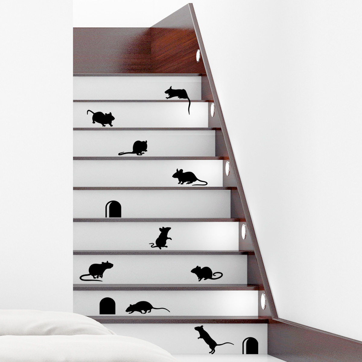 stickers muraux animaux sticker escaliers dr les avec souris ambiance. Black Bedroom Furniture Sets. Home Design Ideas