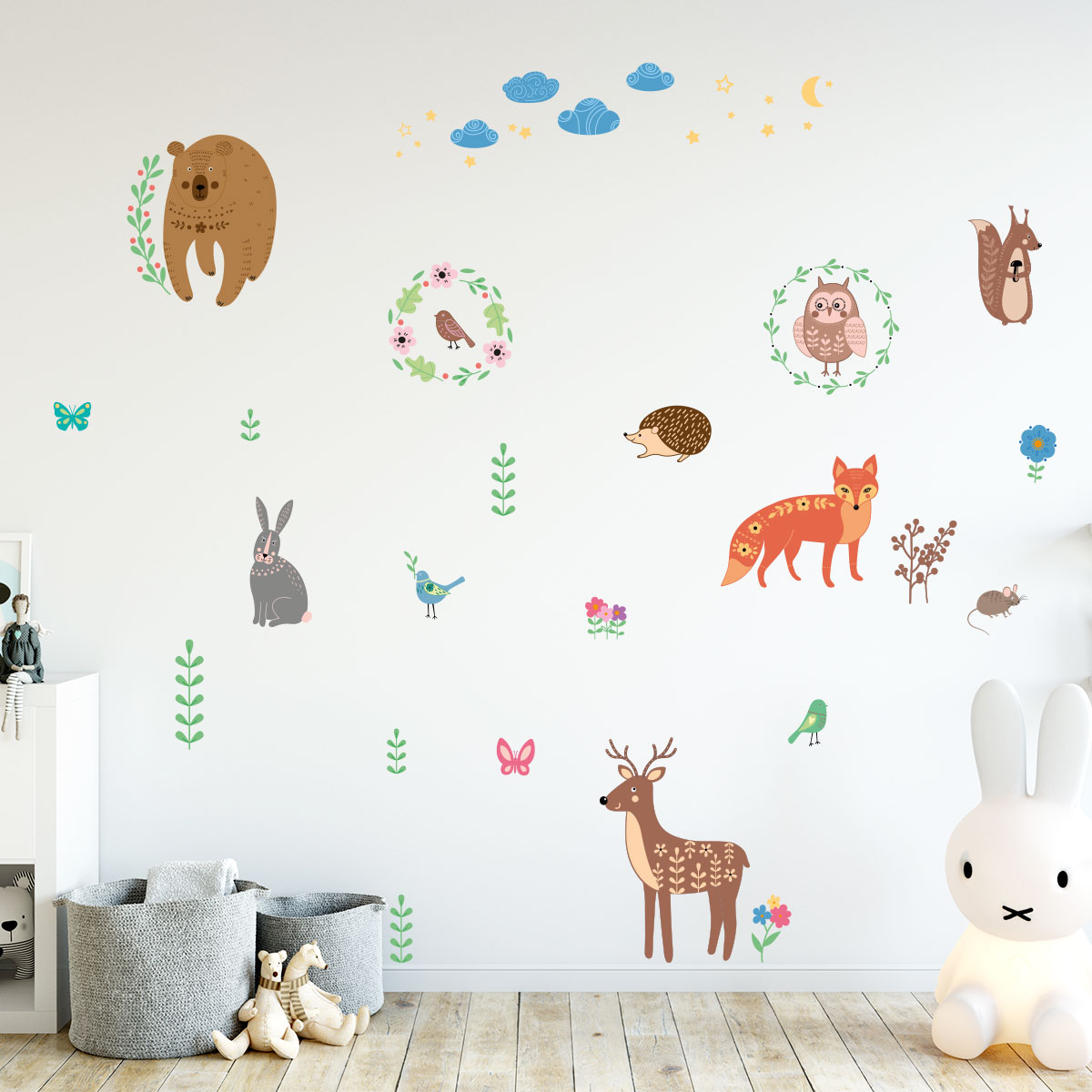 sticker animaux scandinaves de la for t stickers animaux oiseaux ambiance sticker. Black Bedroom Furniture Sets. Home Design Ideas