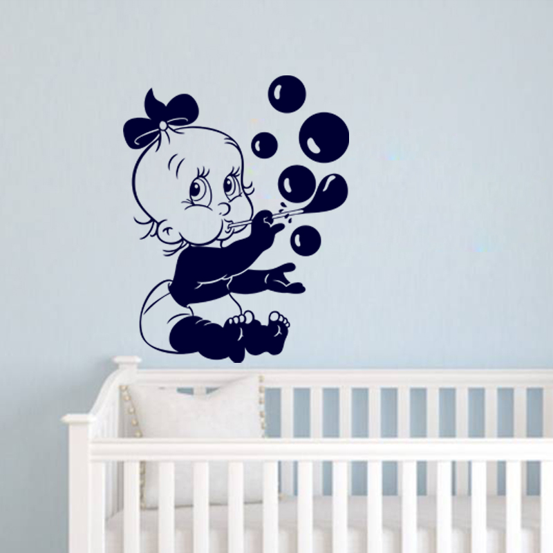 Sticker b b soufflant des bulles stickers salle de bain for Stickers salle de bain enfant