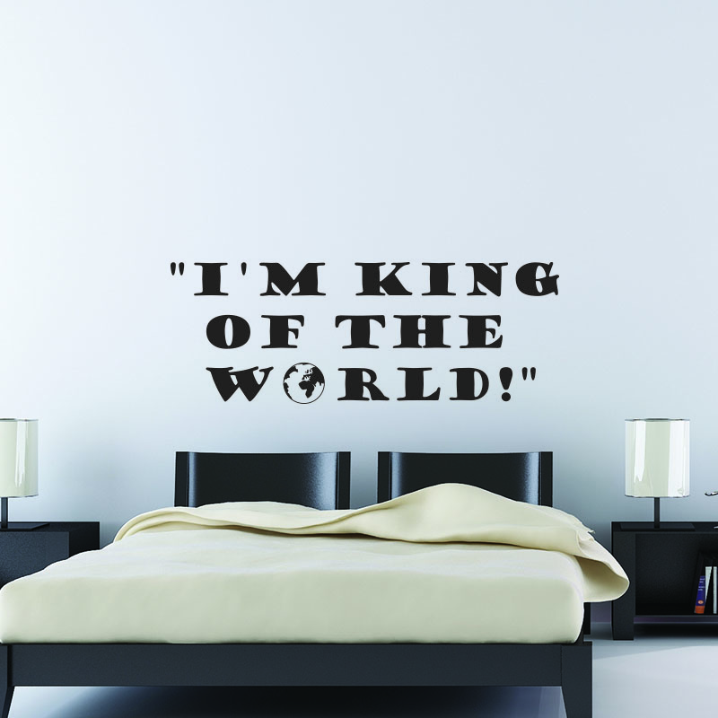 stickers muraux citations sticker i 39 m king ambiance. Black Bedroom Furniture Sets. Home Design Ideas