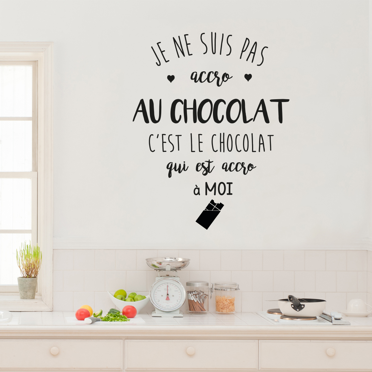 sticker citation je ne suis pas accro au chocolat. Black Bedroom Furniture Sets. Home Design Ideas