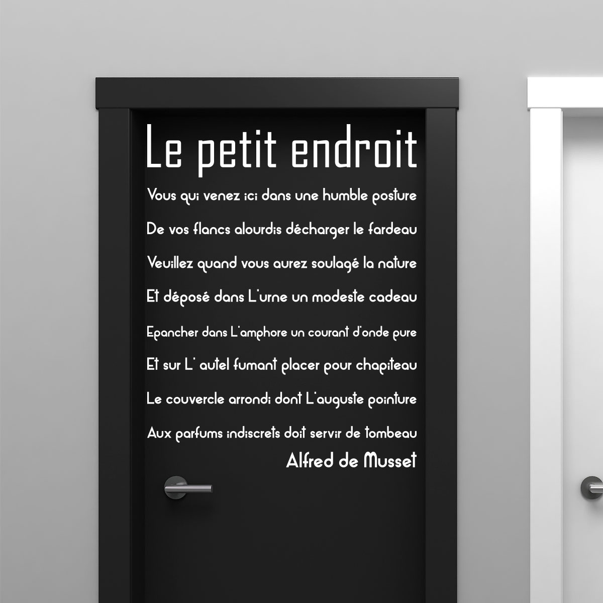 Sticker citation porte de toilette le petit endroit for Stickers pour porte toilettes