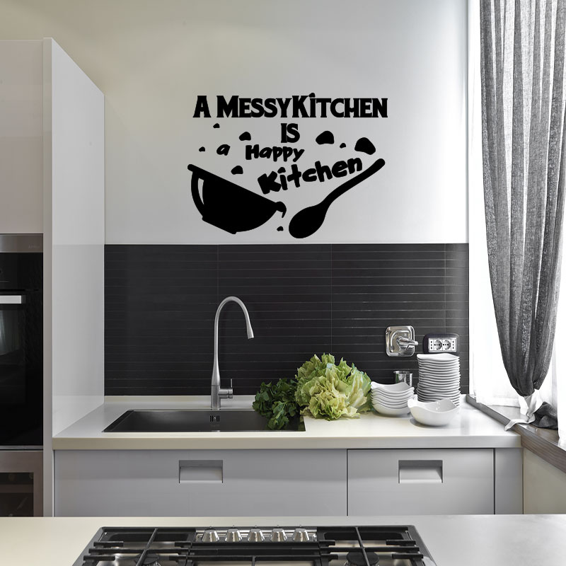 sticker cuisine citation a messy kitchen stickers citations anglais ambiance sticker. Black Bedroom Furniture Sets. Home Design Ideas