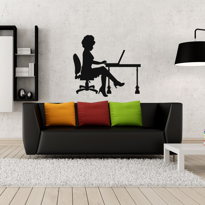 sticker femme dans son bureau stickers musique cinema silhouettes ambiance sticker. Black Bedroom Furniture Sets. Home Design Ideas