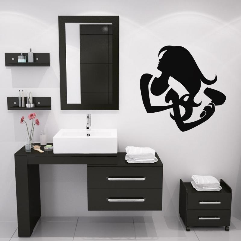 stickers muraux pour salle de bain sticker mural femme se coiffant ambiance. Black Bedroom Furniture Sets. Home Design Ideas
