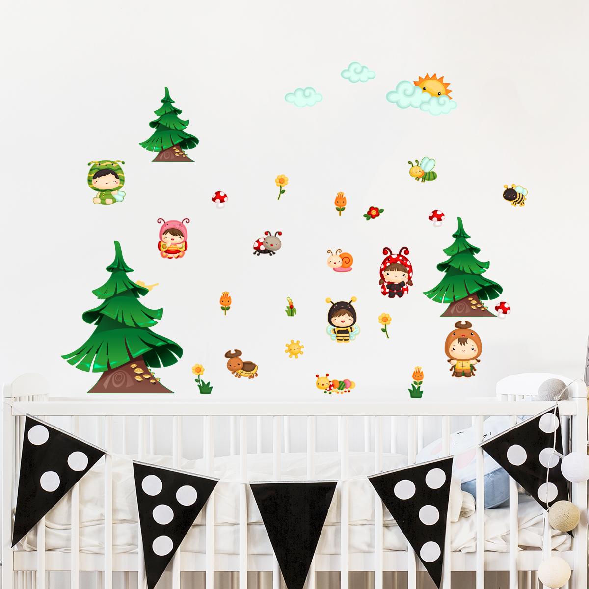 sticker les enfants dans la for t stickers nature arbres. Black Bedroom Furniture Sets. Home Design Ideas
