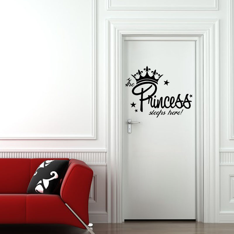 Sticker porte citation princess sleeps here stickers for Stickers pour porte de chambre