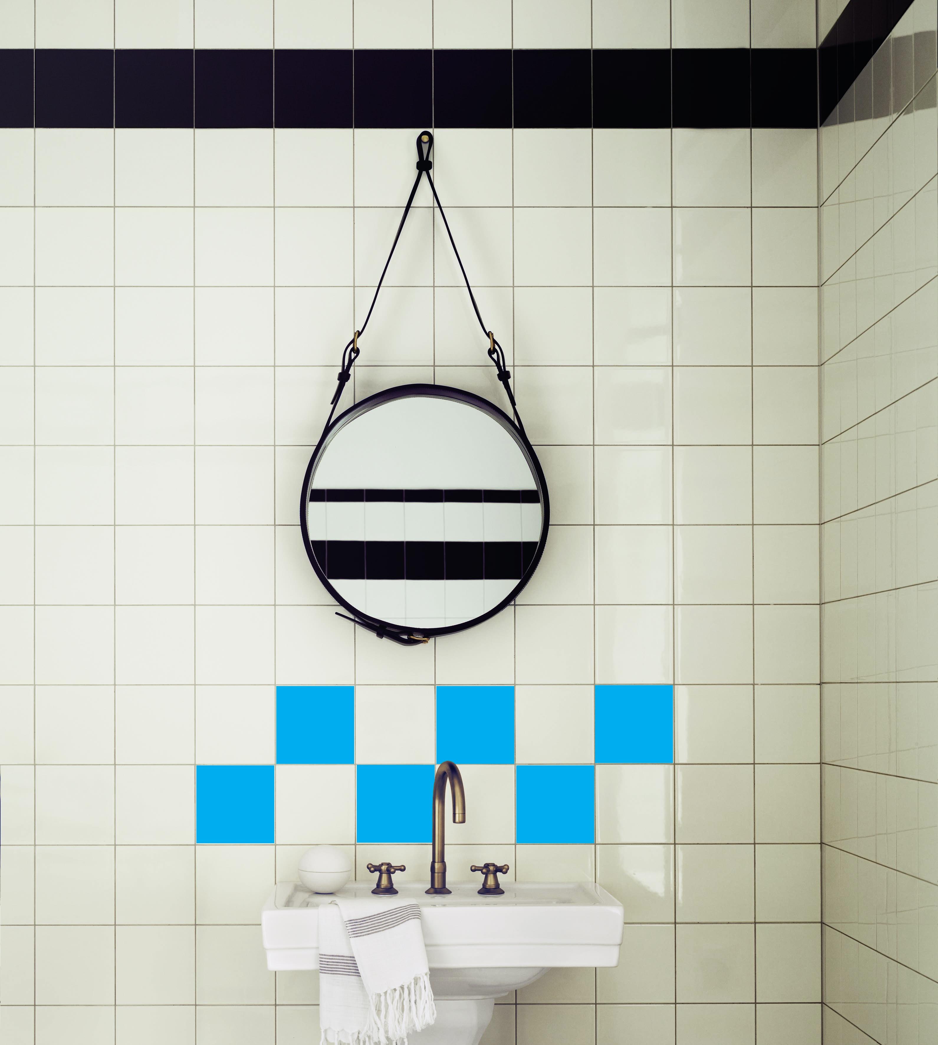 sticker pour carrelage les carr s bleus stickers salle. Black Bedroom Furniture Sets. Home Design Ideas