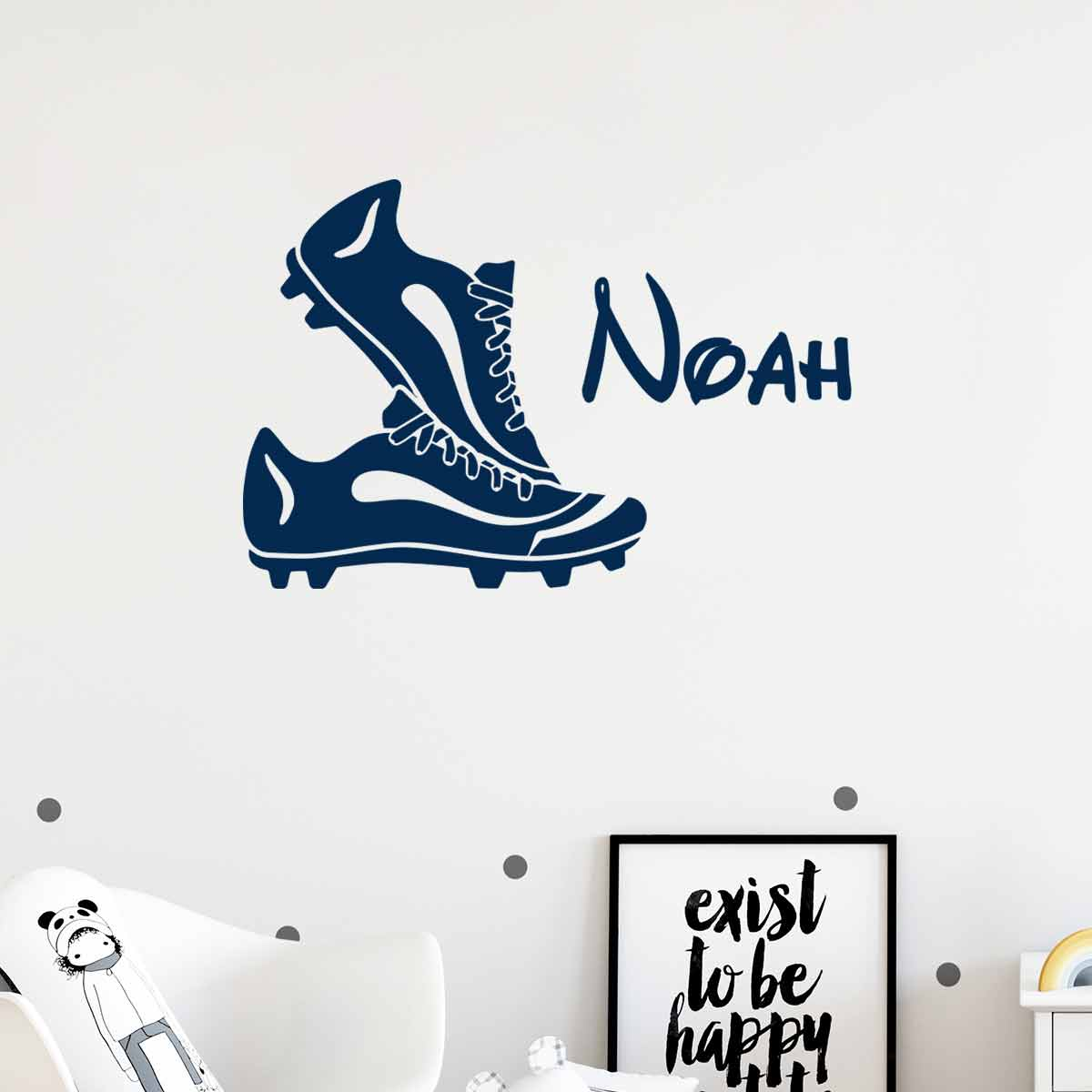 sticker pr nom personnalisable et ses chaussures de foot sports et football football. Black Bedroom Furniture Sets. Home Design Ideas
