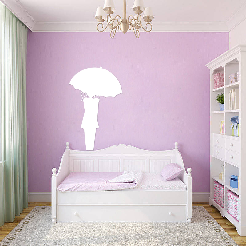 sticker tableau blanc femme avec un parapluie filles. Black Bedroom Furniture Sets. Home Design Ideas