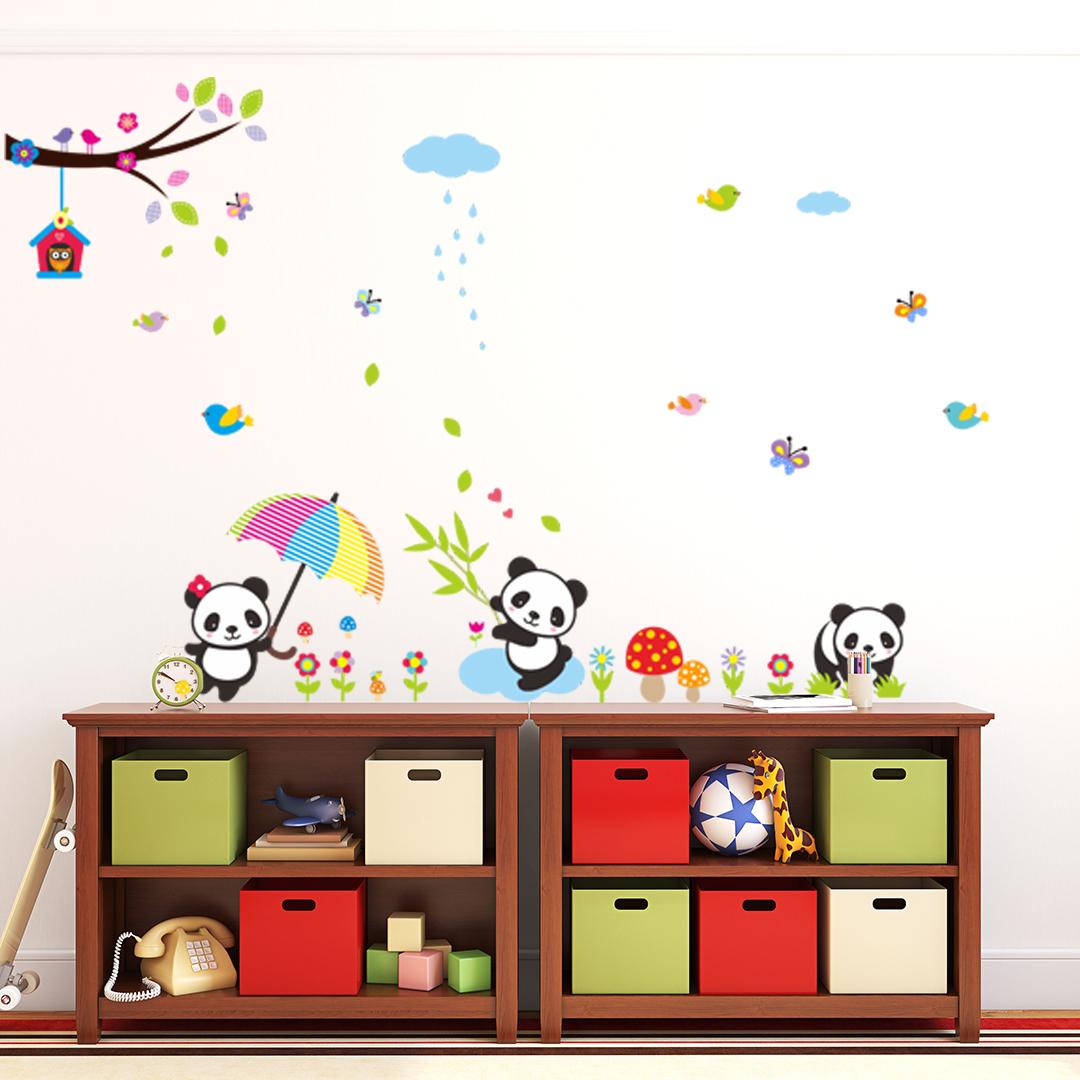 Stickers b b s pandas jouant sous la pluie stickers for Stickers panda chambre bebe