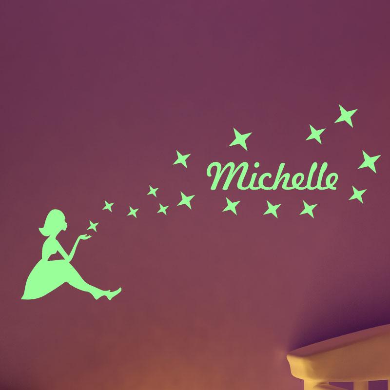 stickers muraux pr nom phosforescente sticker mural petite fille et les toiles ambiance. Black Bedroom Furniture Sets. Home Design Ideas