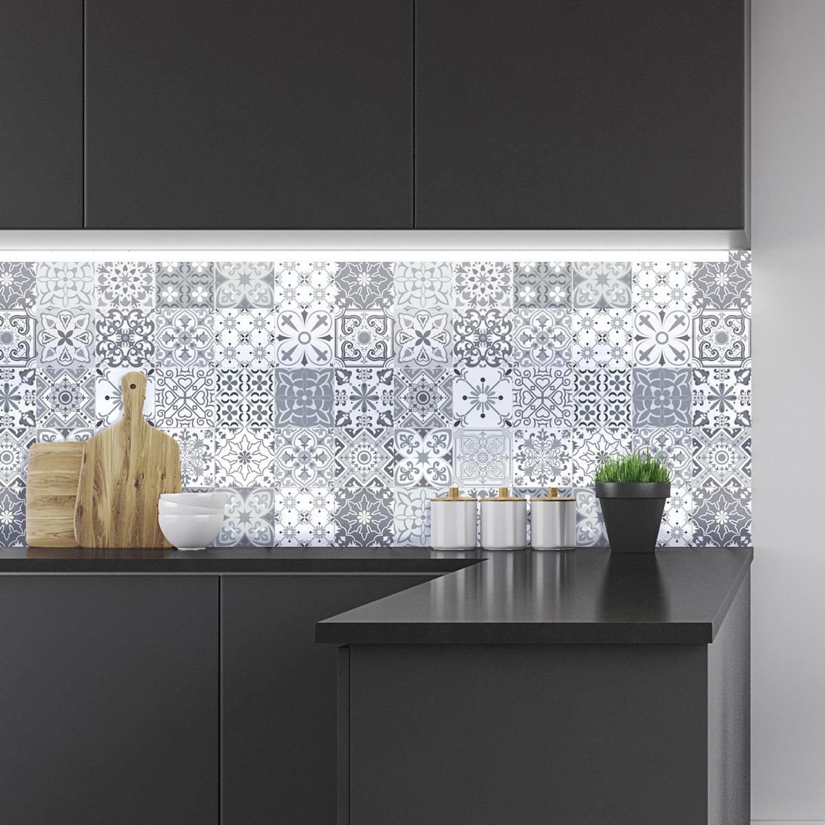 24 stickers carreaux de ciment nuances de gris gythio. Black Bedroom Furniture Sets. Home Design Ideas