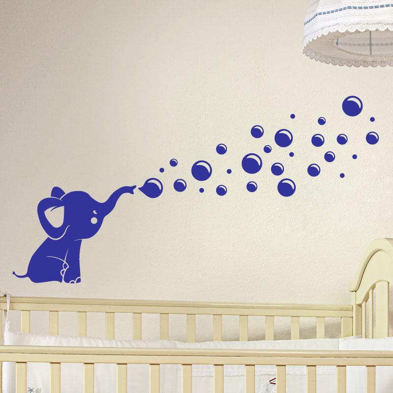 Papier Peint Adhesif : Sticker petit éléphant soufflant des bulles stickers