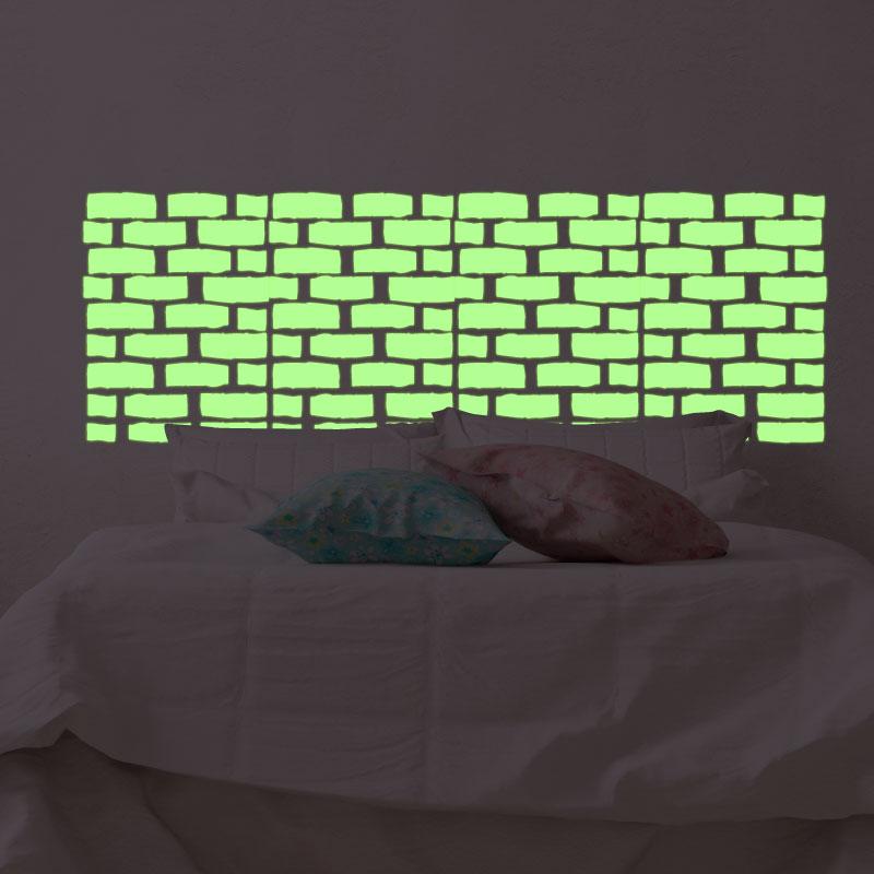 sticker phosphorescent briques art et design artistiques ambiance sticker. Black Bedroom Furniture Sets. Home Design Ideas