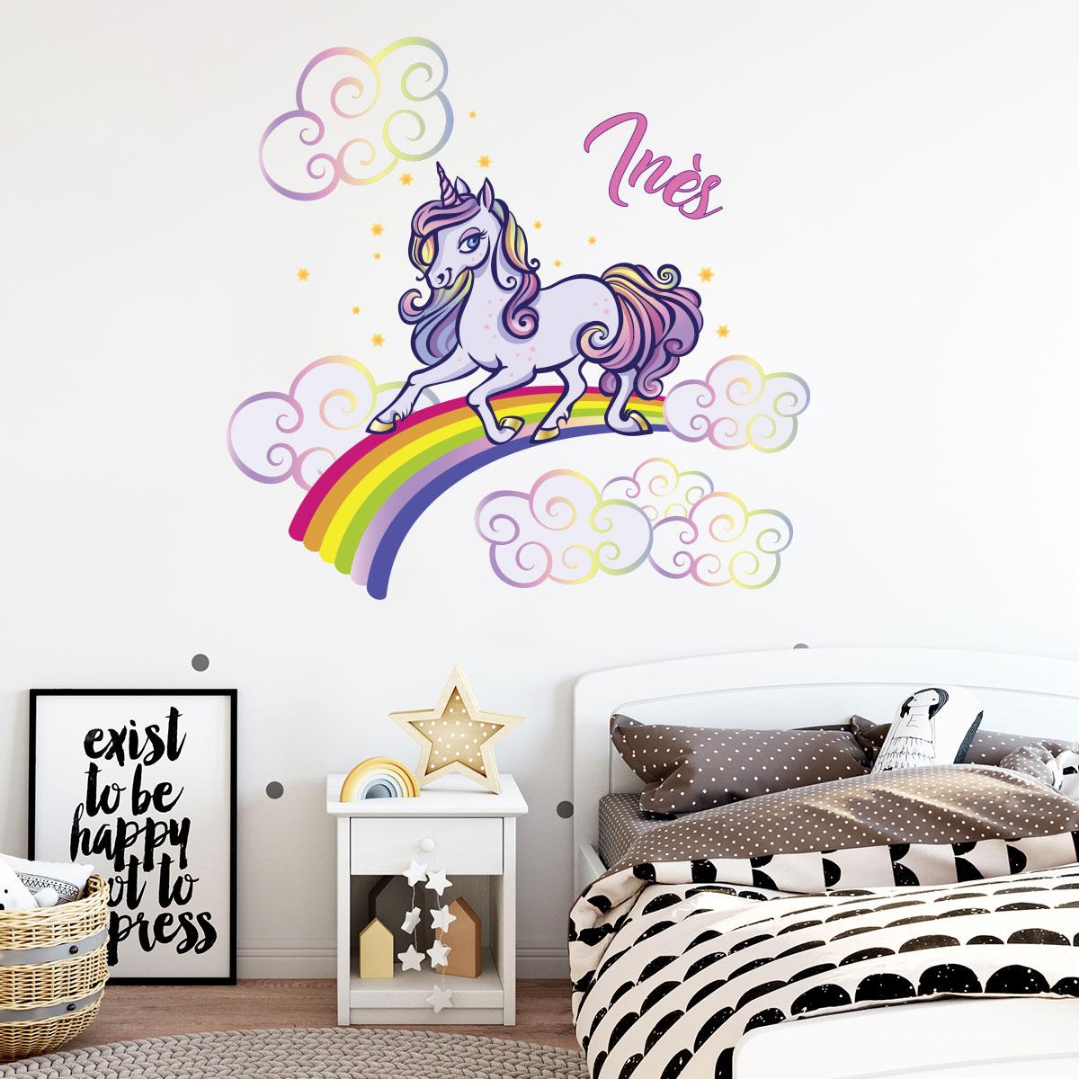 sticker pr nom personnalisable licorne arc en ciel. Black Bedroom Furniture Sets. Home Design Ideas
